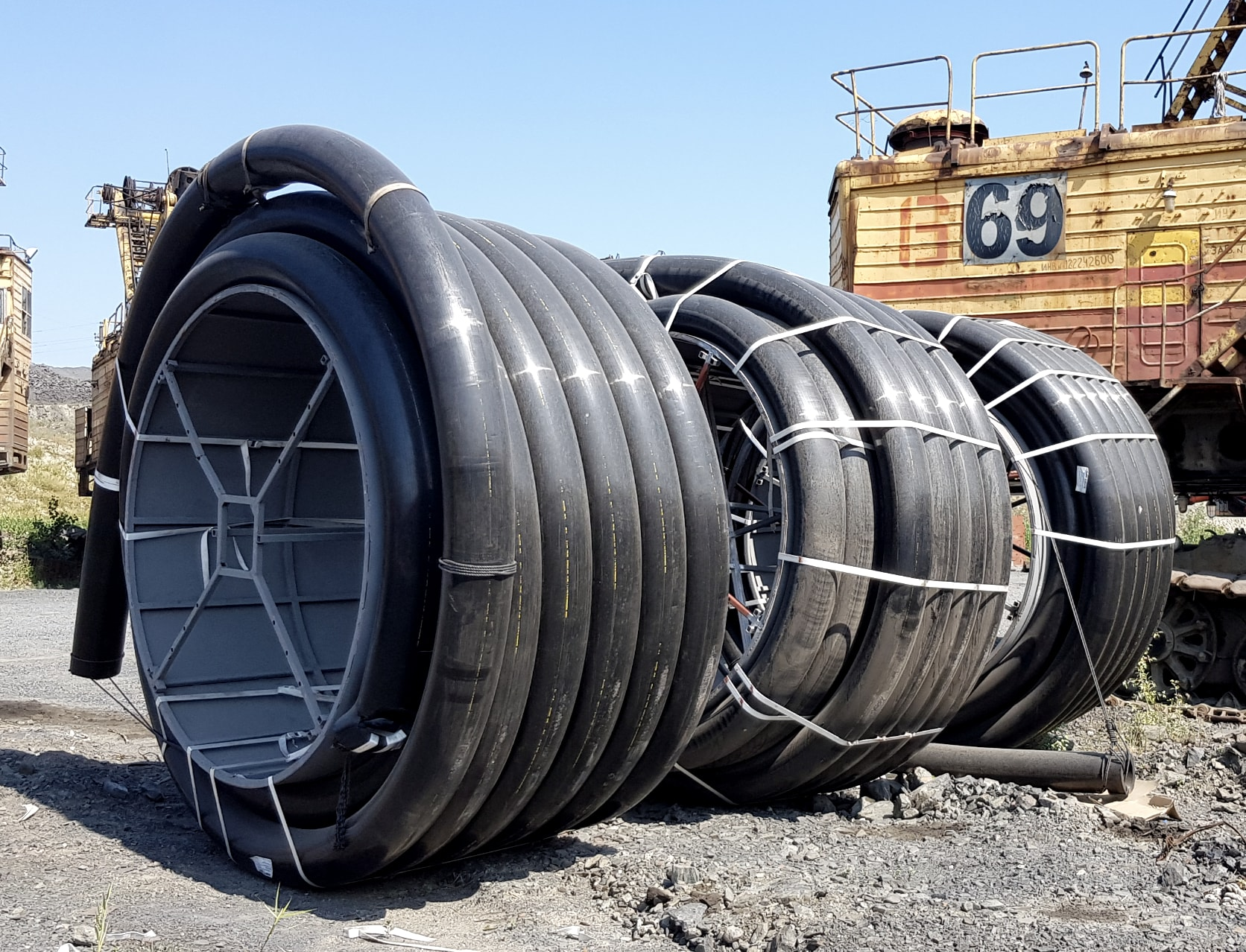 Coiled hydrometallurgy pipes